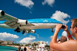 Фотографируем самолет на пляже Сент-Мартен