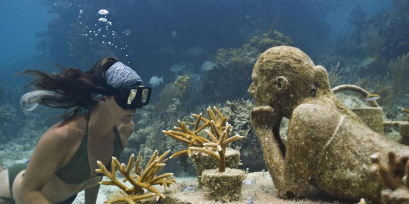 музей подводных фигур в мексике