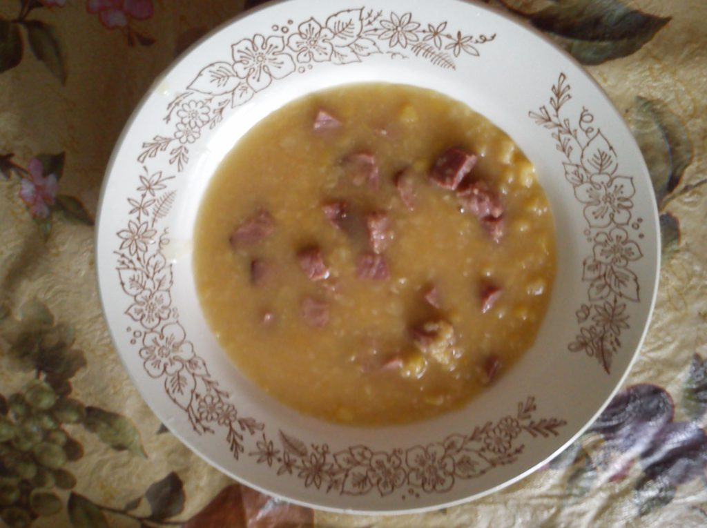 Каша гороховая с ребрышками копчеными рецепт с пошагово