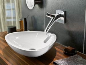 Стильный умывальник для ванной