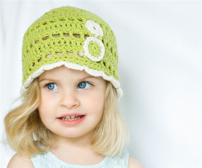 Вязание детских шапочек 57