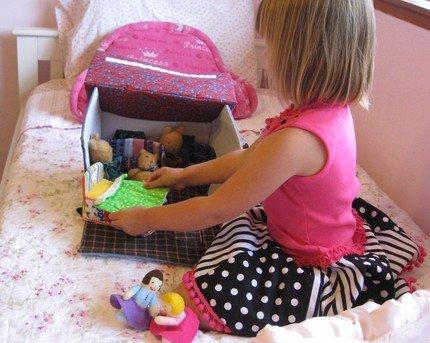 Как сшить диван для кукол 85