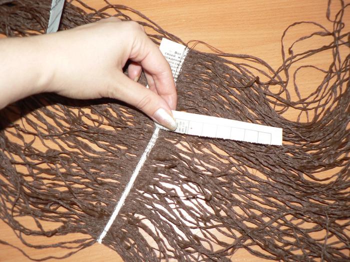 Как сделать волосы тряпичным куклами 27