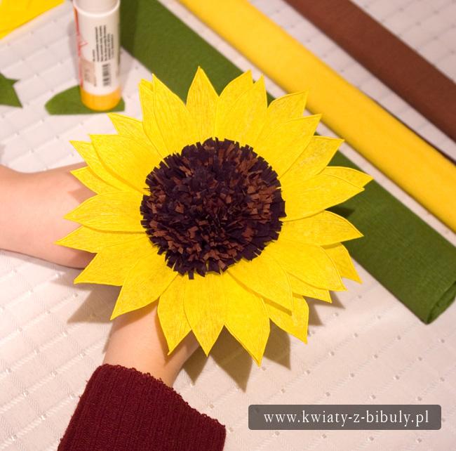 Как сделать цветы из бумаги подсолнух