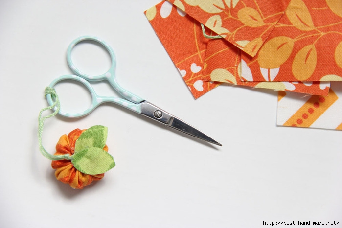 how to make a mini fabric pumpkin18 (700x466, 148Kb)