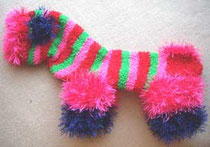 Стильный комбинезон для собаки из носка
