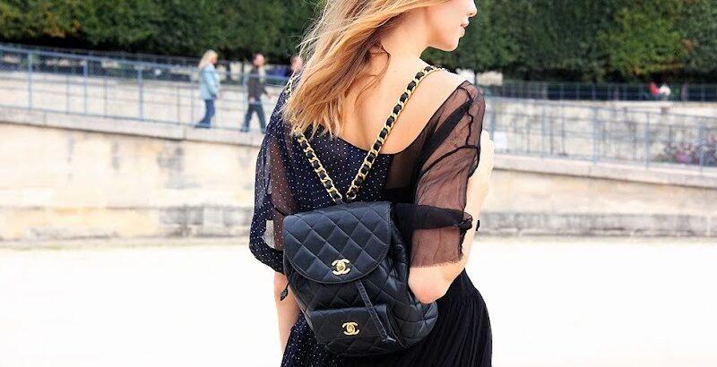 Девушка со стильной сумкой-рюкзаком