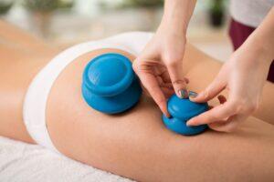 вакуумный массаж тела резиновыми банками