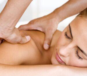 массаж остеохондроза