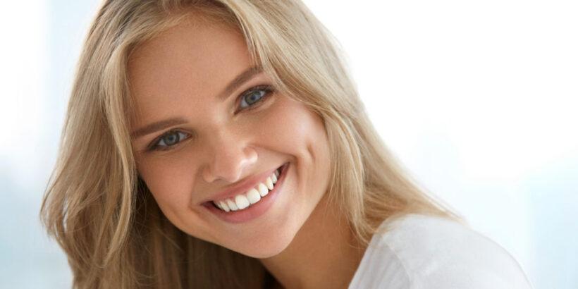 улыбка с красивыми зубами